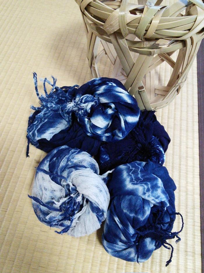 紺屋が作る、藍染めのあずま袋