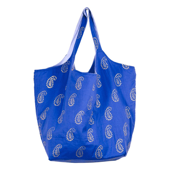 夏のお出かけに最適!オシャレも実用性も兼ねた上品バッグ。