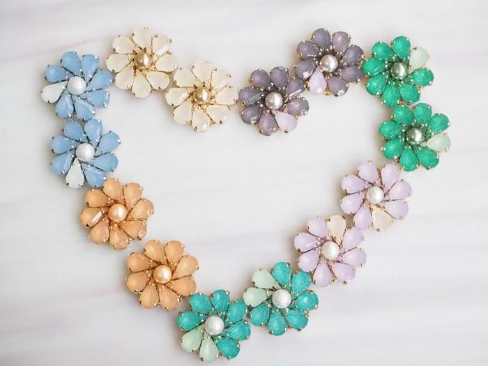 春満開!! パステルカラーのお花ピアス あなたの耳に咲かせてみませんか