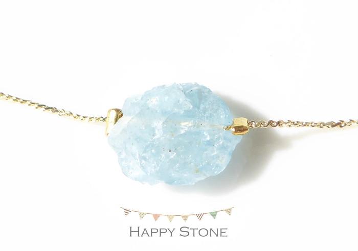 爽やかブルーのアクアマリン原石を使った華奢なブレスレット
