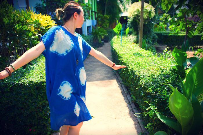 藍染め(インディゴ色)に染まれ!世界一つの絞り染めに独特の色を楽しもう!