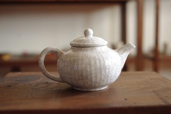 お茶の時間が一層楽しくなる、育てるポット。