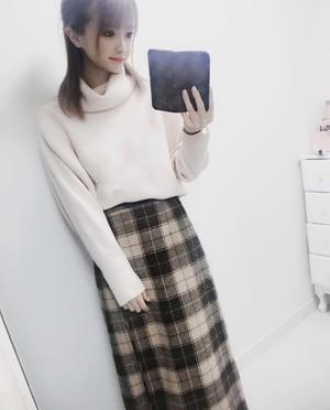 【優月美羽さん着用】おしゃれなチェックロングスカート