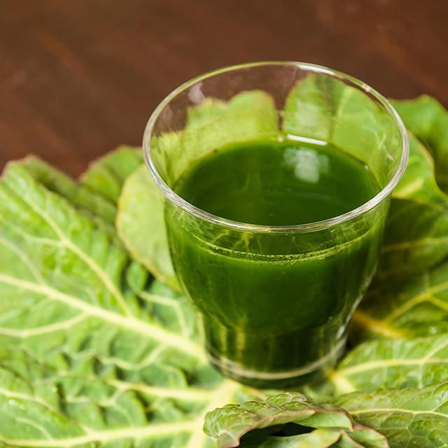 天然の酵素やビタミンがたっぷり。スーパーフード・ケールのコールドプレスジュース