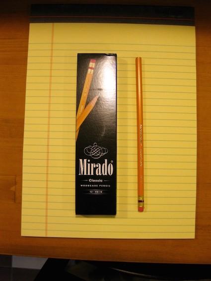 そろそろ「鉛筆」を見直しませんか?懐かしの鉛筆を握ってみて。