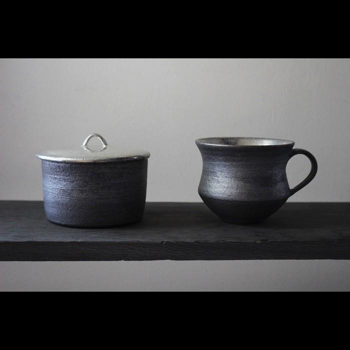 経年変化を楽しむ銀彩の器 陶芸作家【谷井直人】銀彩のマグカップ 入荷いたしました!