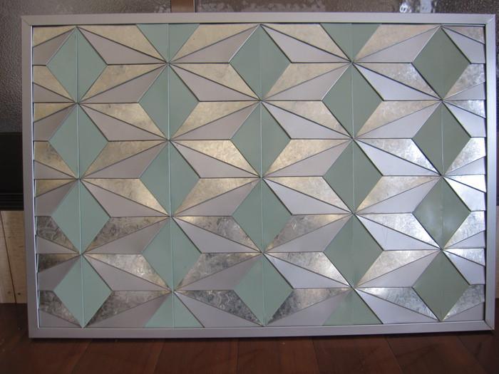 いつもの暮らしにアートを取り入れてみませんか?建築板金職人が創る「和モダン」なインテリアボード