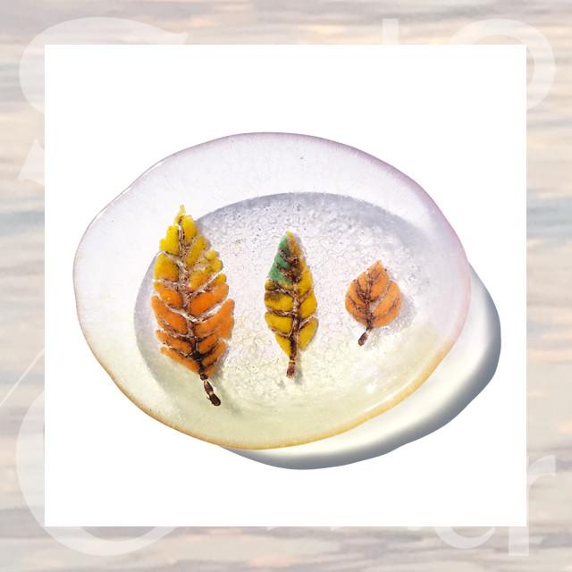 今年の冬は「 - Sleepyleaf - 夢見る木の葉のおさら」が幻想的な物語を演出します。