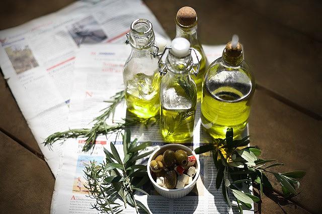 「早摘み」だから旬の味!搾り立てのエクストラヴァージンオリーブオイルをイタリアから。