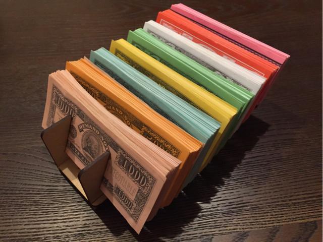 お正月の人生ゲームの準備万端ですか?izumifabが人生ゲームの銀行を作りました