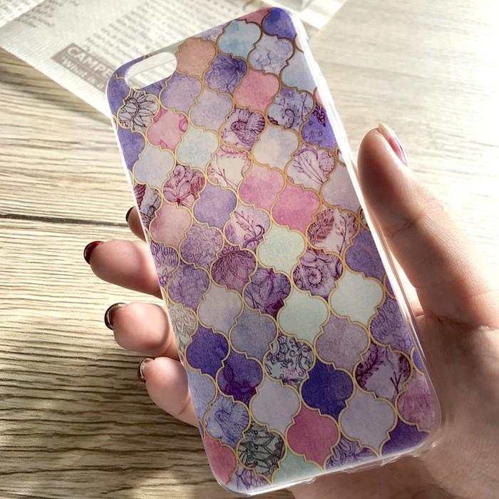 新しいことに挑戦したいアナタへ!温かみのあるファンタジーなモロッカン柄iPhoneケース