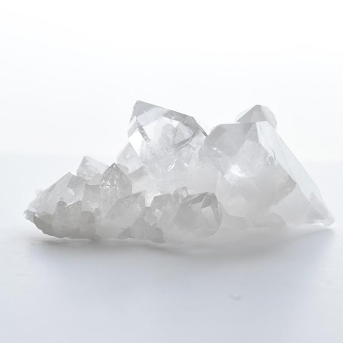世界に一つだけ。大注目のブラジル・ミナスジェライス州産、水晶クラスターが入荷しました。