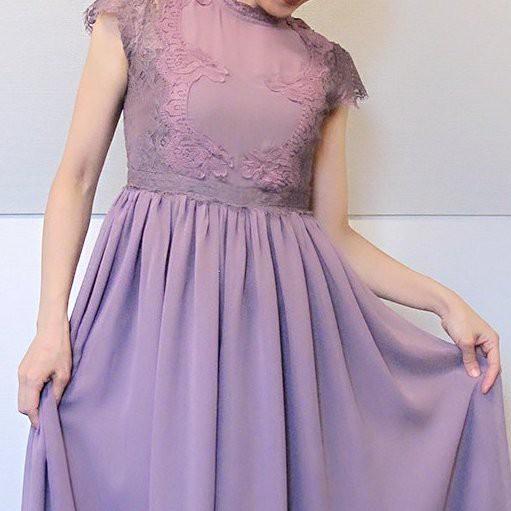 シャンパンとドレスのステキな関係♡ぶどう色のアンティーク風ワンピース