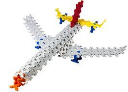 ブロックを組み立てて、立体的な乗り物を作ってみよう!