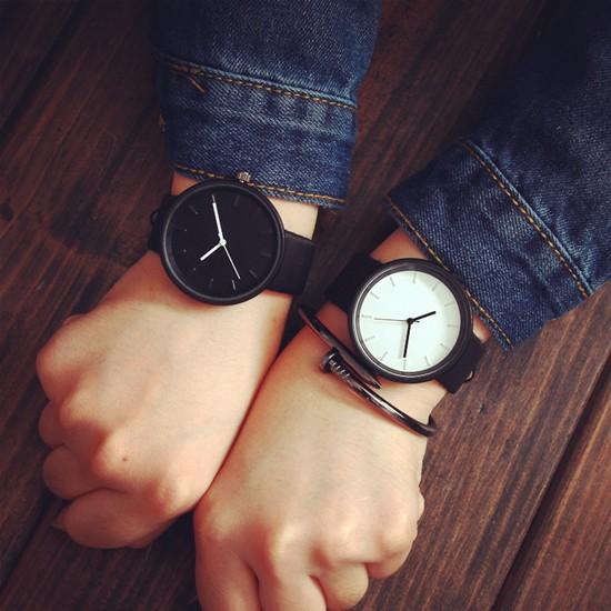 カップルでおそろいに♡シンプルペア腕時計