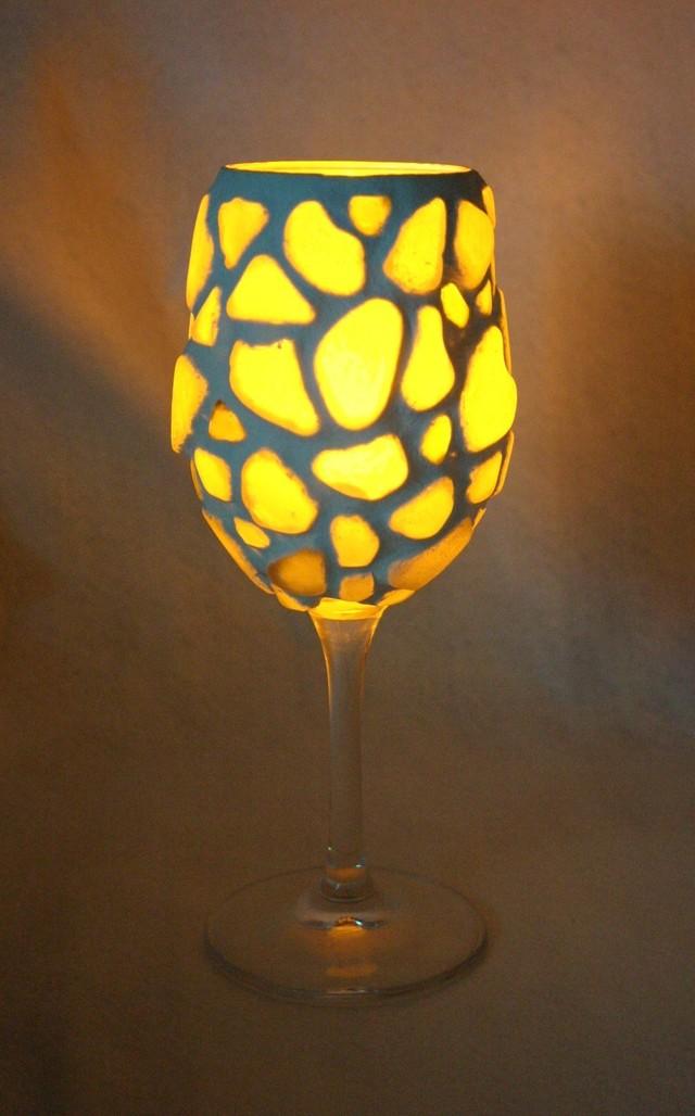 ワイングラスであかりを灯して♡シーグラスで飾ったワイングラスランプシェード