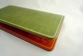 こだわりイタリアンレザーの長財布