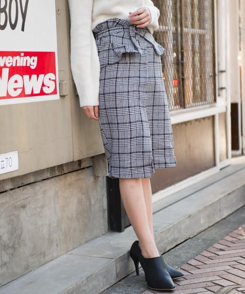 2wayの着方が楽しめて、スタイルアップ効果も狙えるコルセット付きスカート