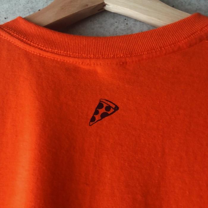 手描きプリント、手刷りの ユニセックスなTシャツ
