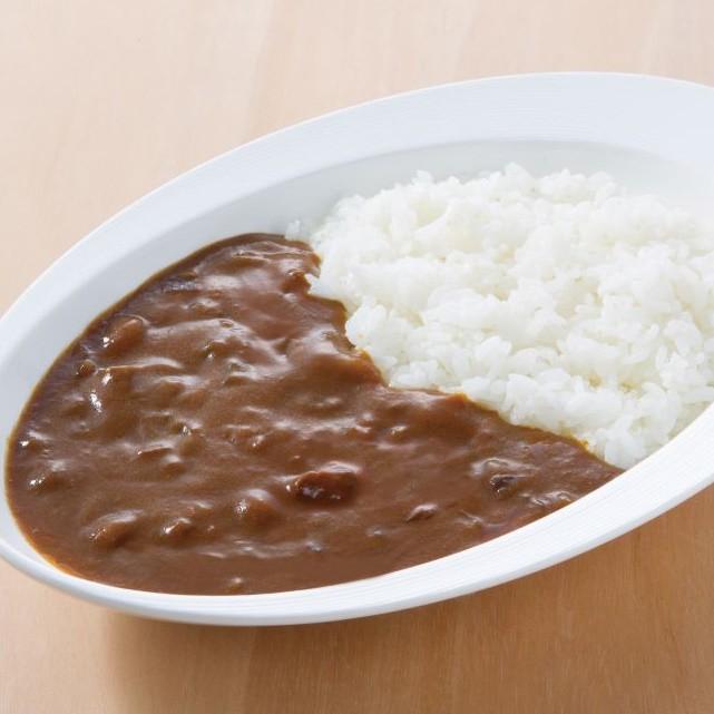 みんなに愛される美味しさ。愛媛県の工場で作ったビーフカレー
