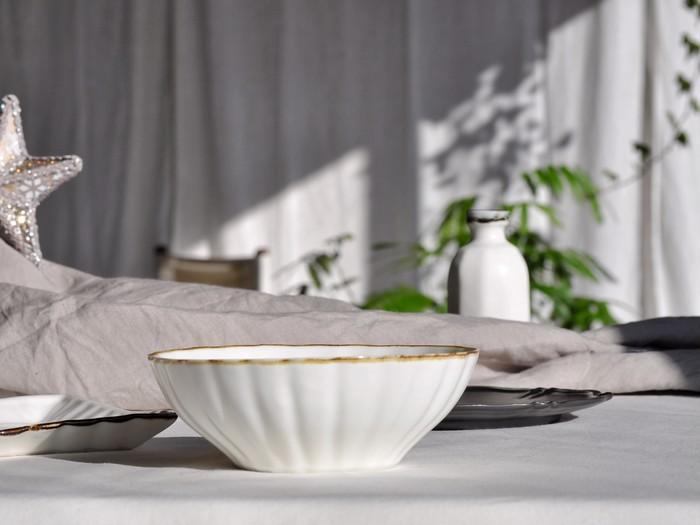 ホワイトクリスマスなテーブルセッティング!田屋道子さんの器です。