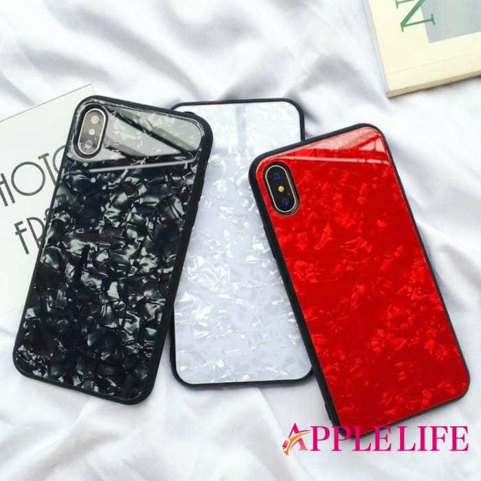 人気の背面ガラス仕様のiPhoneケースは輝きが違う!