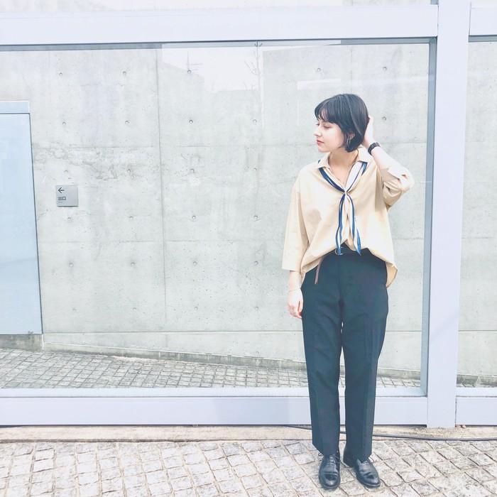 【 Today`s Stole 】シャツとスカーフを合わせてクールにオフィスコーデ♪