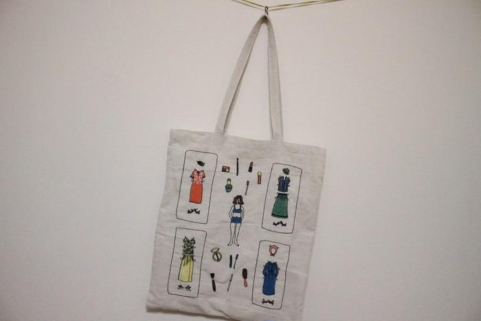 ナチュラルな雰囲気の中に刺繍のデザインが可愛いkilkiのバッグ