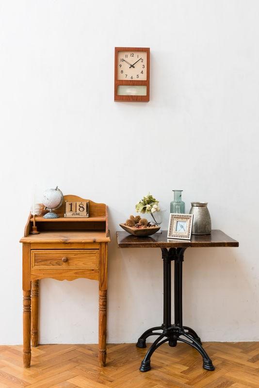 ノスタルジックな雰囲気を演出する振り子時計