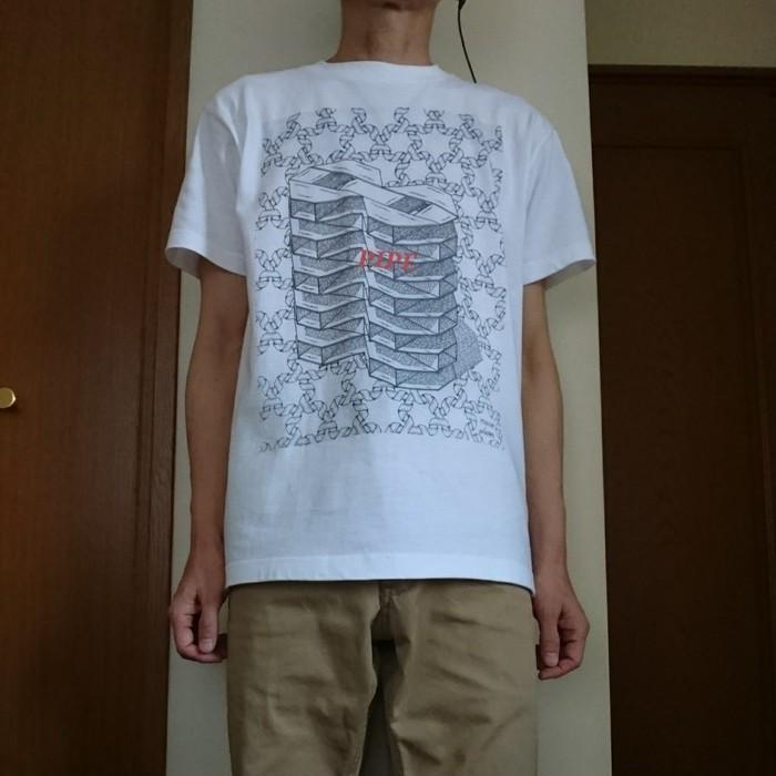 春の風から 夏へ向けて 楽しんで 着て欲しい !   mario platon のTシャツです