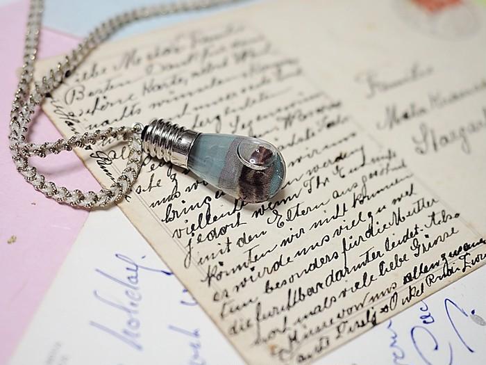 今度はどこへ旅しに行く?旅の計画は思い出の場所のネックレスと共に。