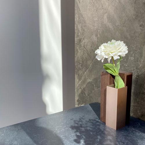 無垢材の花器でおうち時間を豊かに