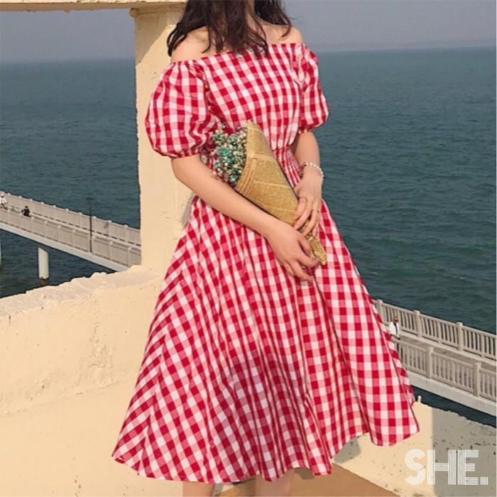 女の子なら一度は着てみたい!ガーリーな要素がたくさん詰まったワンピース♡