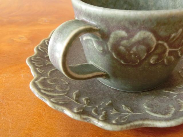 よしざわ窯 さんのカップ&ソーサ― 第一号 ♪ パンジー模様 ♪