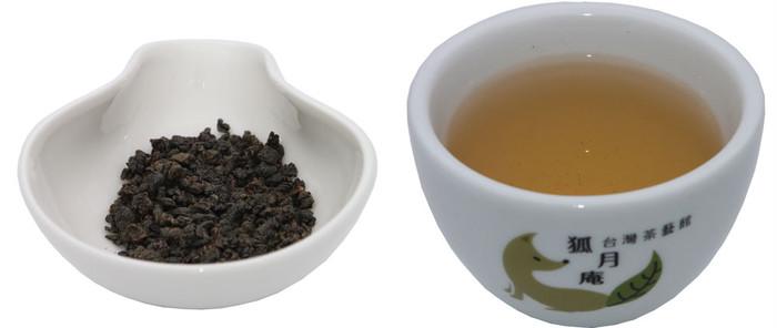 台湾茶マニアが1番オススメする『鹿谷卿・凍頂烏龍茶』って?