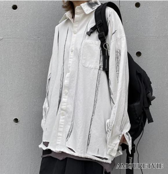 ユニセックスで着用できるストライプ&ダメージ加工がかっこいいシャツ♪