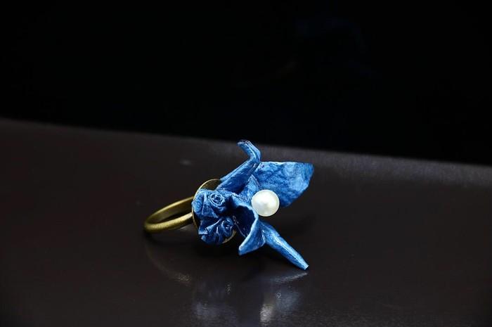 和紙で作る指輪!今にも羽ばたきそうな躍動感のあるタンチョウ【鶴】に魅了!!