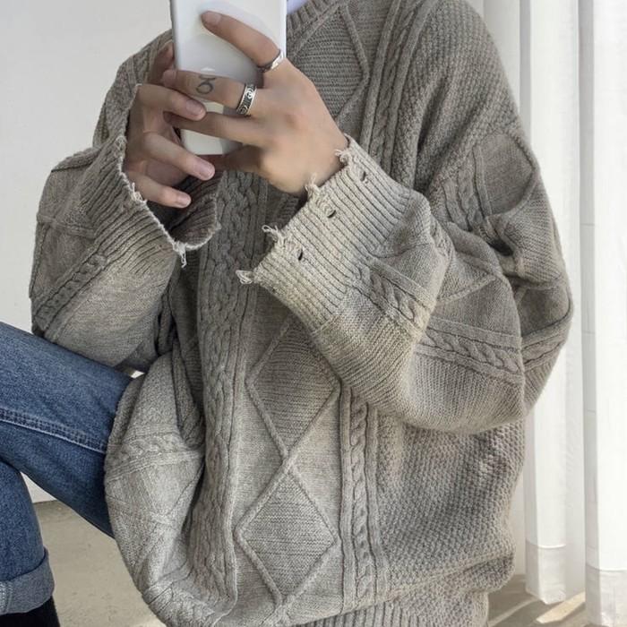 【国内非売品】ゆったりした着心地!ニットセーターのご紹介!