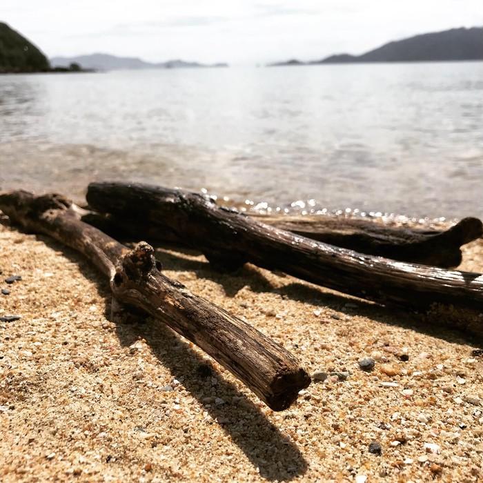 綺麗な海で取れた流木を使用したマクラメ商品多数紹介!