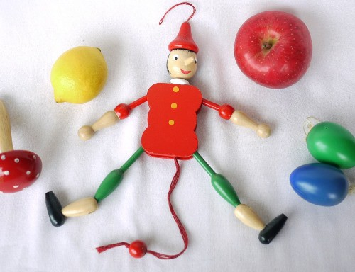 かわいい木製玩具人形のハンペルマンです。お部屋のインテリアに。
