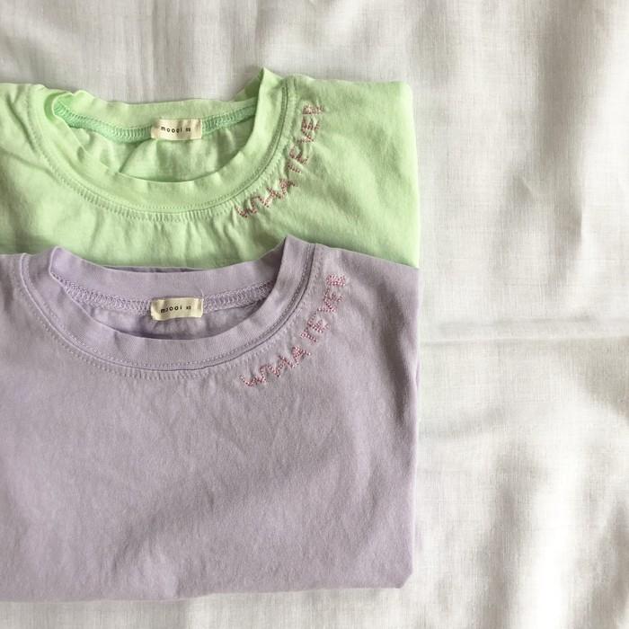 刺繍がポイント♪カラーTシャツのご紹介