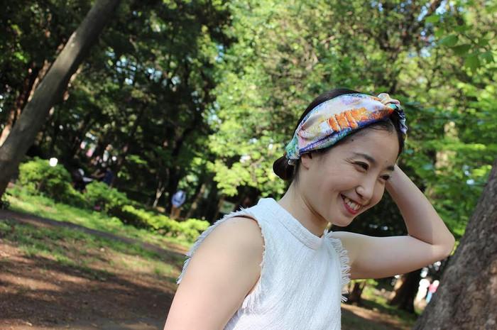 夏のヘアアレンジはヘアターバンで簡単オシャレに!!