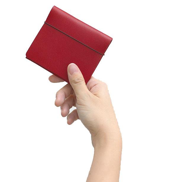【目指したのは電子マネーに負けない速さ!】片手でフリップアップできるミニ財布