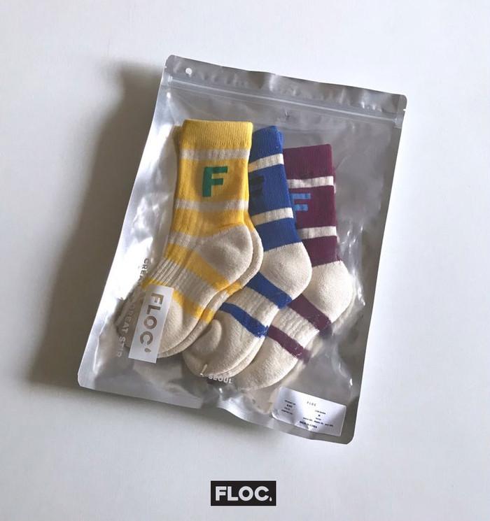 【人気の韓国輸入服】ボーダーロゴが可愛らしいソックス3足セットです