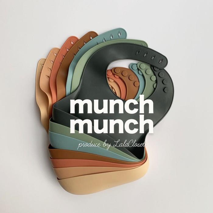 出産祝いにもおすすめ◾︎munch munch BIB◾︎シリコン製 お食事スタイ♡