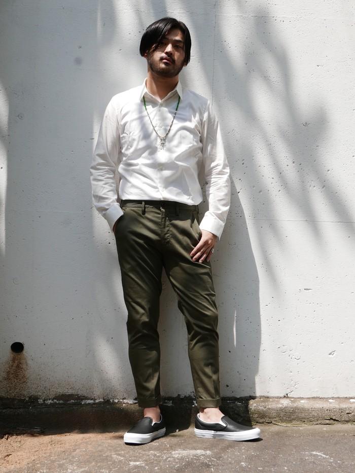 男くささの中に爽やかな穿き心地、ストレッチピケのオリーブパンツ!