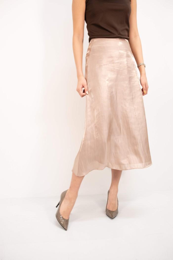 【高級サテン×淡色】長年愛用できるシンプルなロングスカート