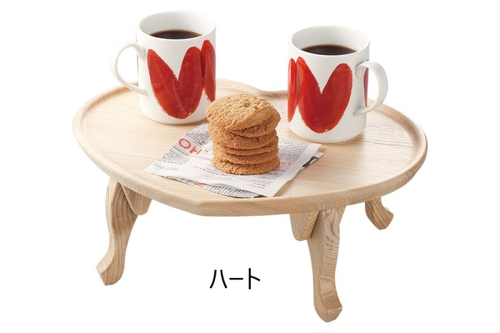 とても人気があったのにアウトレットに! とても可愛い木製のちゃぶ台です♪