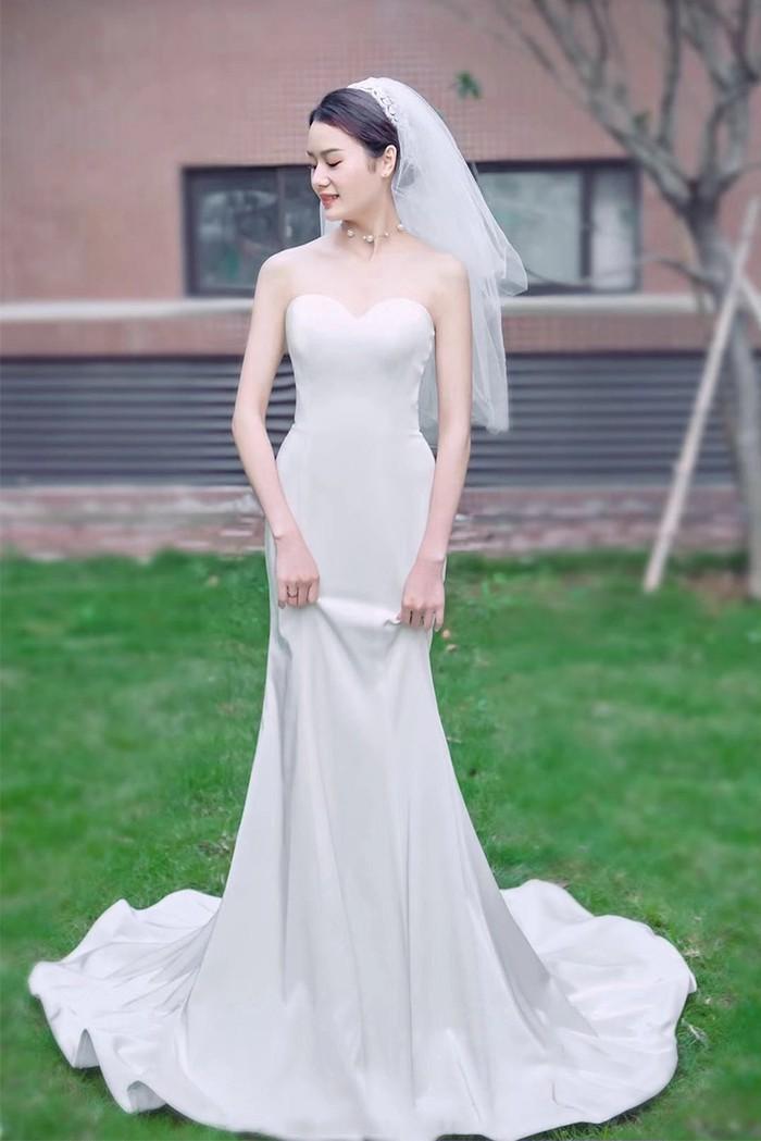 【eanda wedding】人気の高いシンプルなマーメイドライン:)