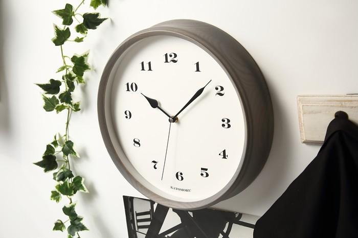 シルクスクリーン印刷発祥の地で作られる加藤木工の時計